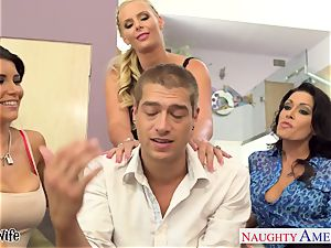 horny stunners Jessica Jaymes, Romi Rain and Phoenix Marie share man meat
