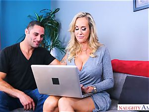 Brandi love ample tit cougar pokes man