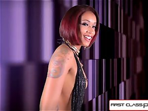 FirstClassPOV - watch skin Diamond deep-throating a enormous schlong