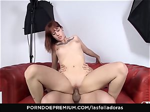 LAS FOLLADORAS - Lilyan red gang porked gonzo