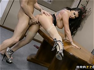 nasty brunette Romi Rain pummeled in her tight vulva