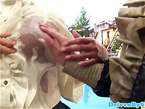 ultra-kinky three lesbos fisting and pusslicking