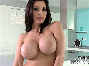 Meet Aletta Ocean and be wise to poke her