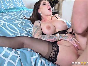 Darling Danika pays her super-naughty neighbor a visiti