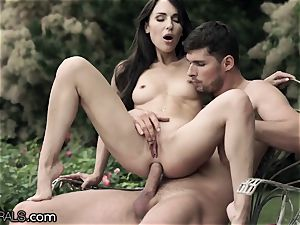 21Naturals Lilu Moon passionately butt-banged in the Garden