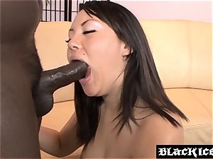 asian stunner Tina Lee takes an anal invasion ride