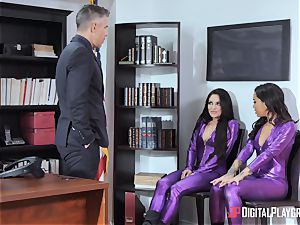 anxious honeypots Kissa and stunner bend over for Micks spear