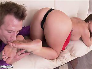 Foot-fetish. Mature ultra-cutie destiny Dixon loves varied hookup