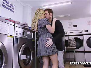 Private.com - Mia Malkova gets romped in the laundry