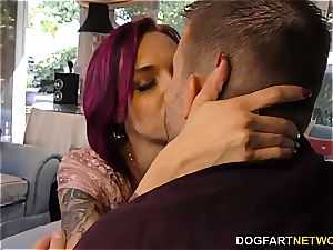 Anna Bell Peaks deep throats monster chisel at hotwife Sessions