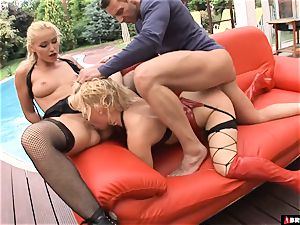 xxx domination 3 way for light-haired pet