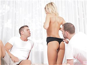 Lola Reve gets double porked