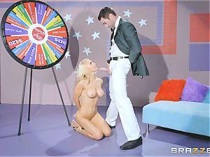 Game showcase jizz-shotgun humping with platinum-blonde sweetheart Alix Lynx