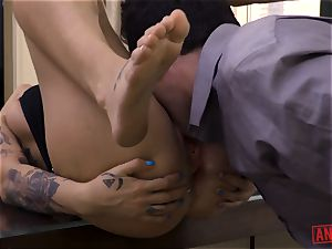 Tana Leas pucker takes James deens man sausage for a ride