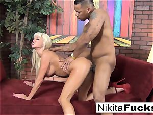 Nikita gets some multiracial luving