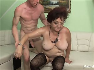 wild mature keeps her stocking on for pulverizing