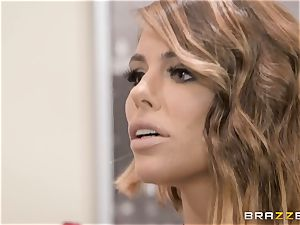 Adriana Chechik poked in her cunny by a black hard-on