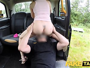 fake cab Skipping school for backseat romp in taxi
