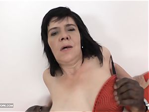granny splooging and drilling phat ebony boner oral pleasure