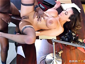 naughty office fun with Ariella Ferrera