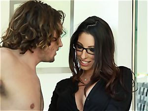 Taylor Reed porks her stud with Dava Foxx