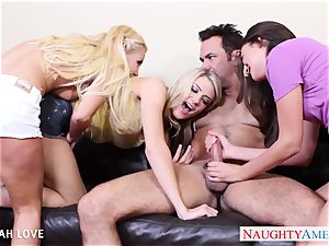 wonderful Aaliyah enjoy boning in 4some