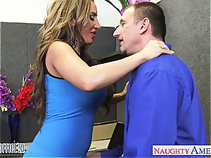 Richelle Ryan gets facialized in the office