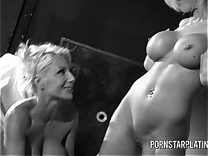 Pretty Puma gets with her mates to lick fantastic pussy