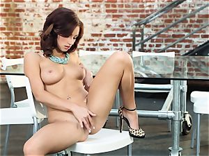 tough redhead Victoria Lynn wanks in just her boots