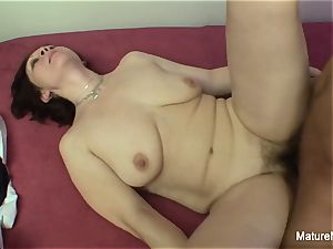 wild mature wants her unshaved snatch pounded rock-hard