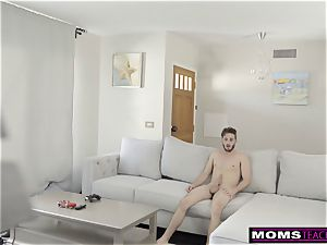 MomsTeachSex- freak mummy Has nubile satiate sonnies meatpipe S8:E7