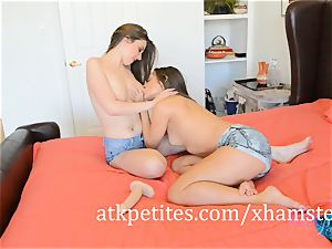 Cassidy Klein and Elektra Rose Make Each Other spunk