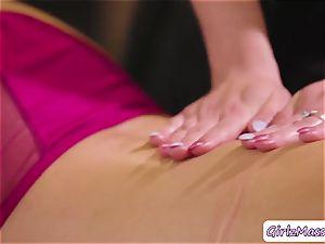 lovely Abella Danger gets her honeypot licked by masseuse Haley Reeds
