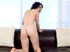 Cadence Carter supplies a torrid audition session