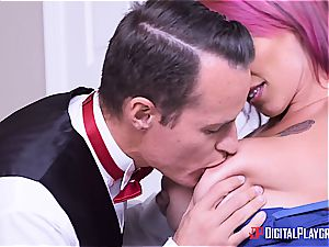 Anna Bell Peaks is the greatest mommy in law you can ask for