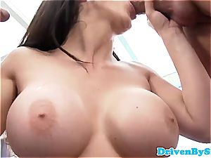 Rich babe Aletta Ocean unveils her hooters to 2 Paparazzi